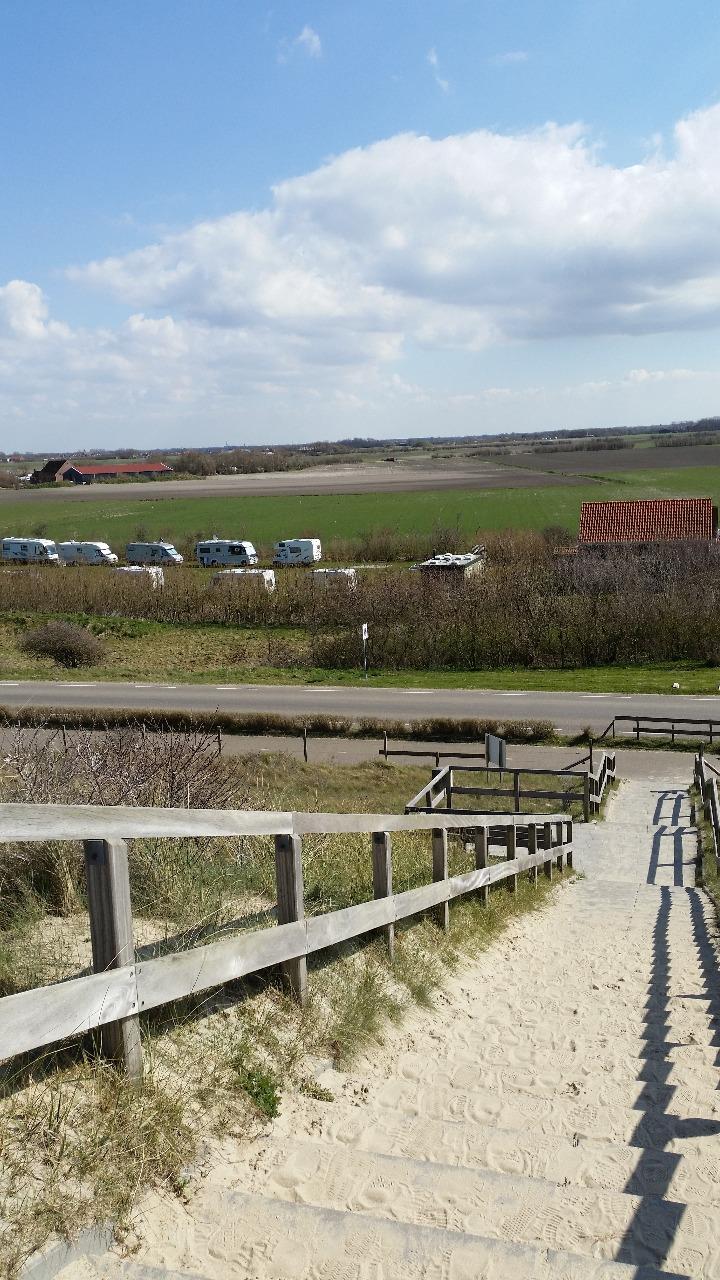 Camping Noordduin- minicamping Noordduin gezien vanaf duinen